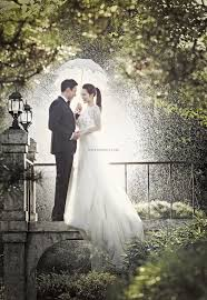 Outdoor Photoshoot Ideas by 40 Korean Romantic Pre Wedding Theme Photoshoot Ideas Korea