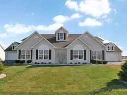 2 Bedroom Apartments In Rockford Il Silo Ridge Apartments In Machesney Park Illinois