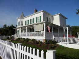 italianate style house beautiful italianate style house picture of the front porch