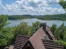 cing at table rock lake in branson mo log home on table rock lake short drive to branson mo huge
