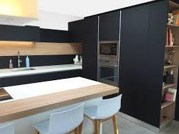 cuisine noir et stunning cuisine noir mat et galerie et charmant cuisine noir mat