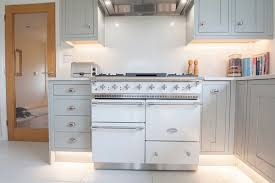 fitted kitchens winchester hampshire winchester kitchen design