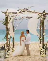 Wedding Trellis Flowers 36 Wood Wedding Arches Arbors And Altars Weddingomania