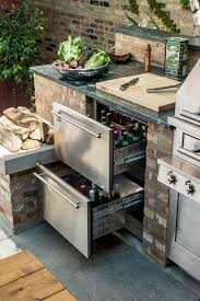 Best  Outdoor Kitchen Design Ideas On Pinterest Outdoor - Backyard designs with pool and outdoor kitchen