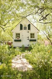 Cottage Style Homes For Sale by Singer Linda Ronstadt U0027s Pink House For Sale In Arizona