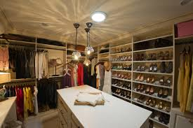 Bedroom Design With Walk In Closet The Luxurious Walk In Closets For Large Room Amazing Home Decor