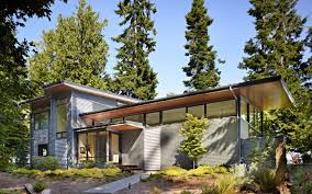 Metal House Designs Contemporary Glass House Design With Metal Siding Home