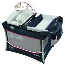 Graco Pack And Play With Bassinet And Changing Table Graco Pack N Play W Removable Bassinet Changing Station Open