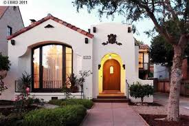 Spanish Style Homes Interior Best 20 Spanish Bungalow Ideas On Pinterest Spanish Style Homes
