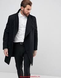 imagenes negro rico en un acabado de tejido rico en lana negro abrigo con botones