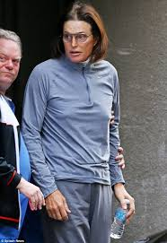 what is happening to bruce jenner bruce jenner leaves a clinic with a bandaged throat after undergoing