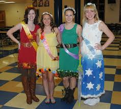 9 creative group costumes for hallouween speakeasy magazine