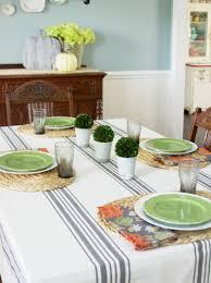 simple and stylish farmhouse dining room decor