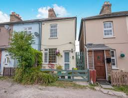 2 bedroom house for sale grove road rochester kent me2 205 000