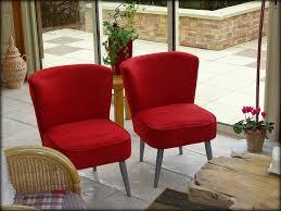 fauteuils rouges il était une fois deux petits fauteuils rouges le