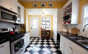 sol cuisine design cuisine noir et blanc design avec mur en carrelage m tro newsindo co