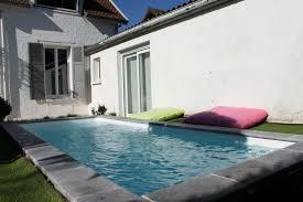 petite piscine enterree mini piscine béton liner la petite piscine selon aquarev u0027piscines
