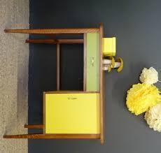 bureau vintage design bureau vintage jaune et vert meubles et mobilier vintage restauré