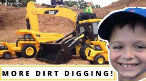 construction videos for kids l toy excavator digging fun lo