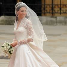 kate middleton wedding dress kate middleton s wedding dress a closer look at the