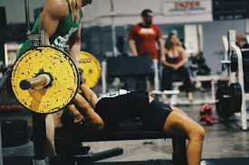 Power Lifting Bench Press Decreasing Range Of Motion In The Bench Press Girls Who Powerlift