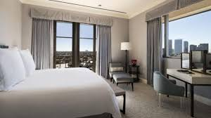 Look On Top Of The Curtain Top 10 Gorgeous City Views Hotel Rooms With The Best Views 2017