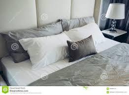chambre a coucher gris et modele de chambre a coucher 2015
