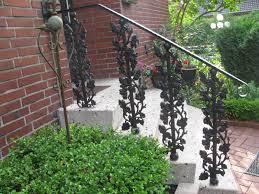 balkon gitter geländer balkon balkongitter treppe trittstufe stiege