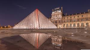 louvre museum at sunset wallpapers louvre pyramid at night 4k hd desktop wallpaper for 4k ultra hd