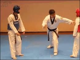 imagenes gif karate dance karate gif find share on giphy