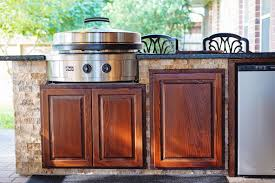 outdoor kitchens images outdoor kitchens backyard retreats