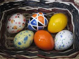 ceramic easter eggs 115 best hoppy easter images on hoppy easter pottery