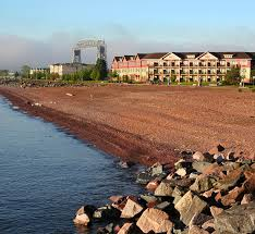 duluth mn hotels lake superior lodging canal park lodge