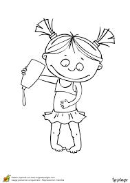 coloriage d u0027une petite fille avec de la crème solaire