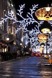 the magic of christmas lights colourlivingblog