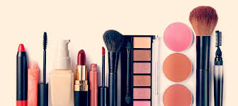 i need a makeup artist 6 things every makeup artist needs ama with azzi williams qc