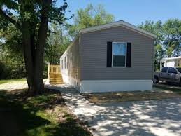 2 Bedroom Apartments In Bloomington Il by Apartments For Rent In Bloomington Il Hotpads