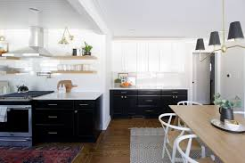 best cleaning solution for painted kitchen cabinets how to clean kitchen cabinets the diy playbook