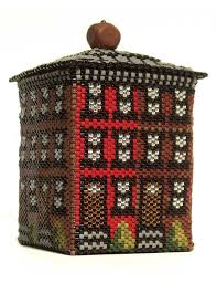 48 best beaded boxes images on pinterest seed beads beaded bags