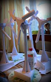 How To Make A Small Wind Generator At Home - best 25 homemade wind turbine ideas on pinterest power