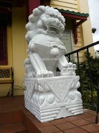 marble foo dogs foo dog marble carving pc040531