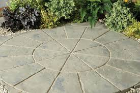 Paver Patio Kits by Minster Paving Circle Rustic Sage Patio Kit Hayes Garden World