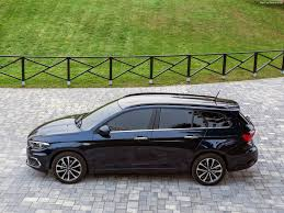 green station wagon fiat tipo station wagon 2017 pictures information u0026 specs