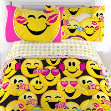 amazon com emoji complete 4 piece girls bedding set twin home