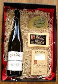 wine and cheese gifts a wine cheese gift box picture of gibbston valley cheese