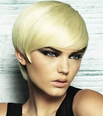hairstyles for women with small faces hairstyles for oval faces