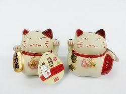 daiso japan store lucky cat ornament 16pks