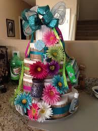 hochzeitstorte aus klopapierrollen torte aus toilettenpapier selber machen torte anders gestalten