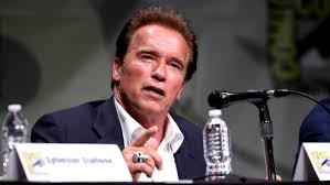 how much could arnold schwarzenegger bench press reference com