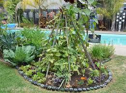 Creative Vegetable Gardens by 20 Impressive Vegetable Garden Designs And Plans Interior Design